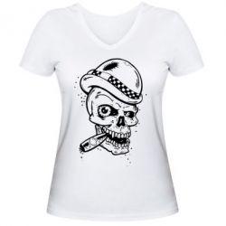 Женская футболка с V-образным вырезом Череп с сигарой