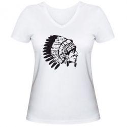 Женская футболка с V-образным вырезом Индеец